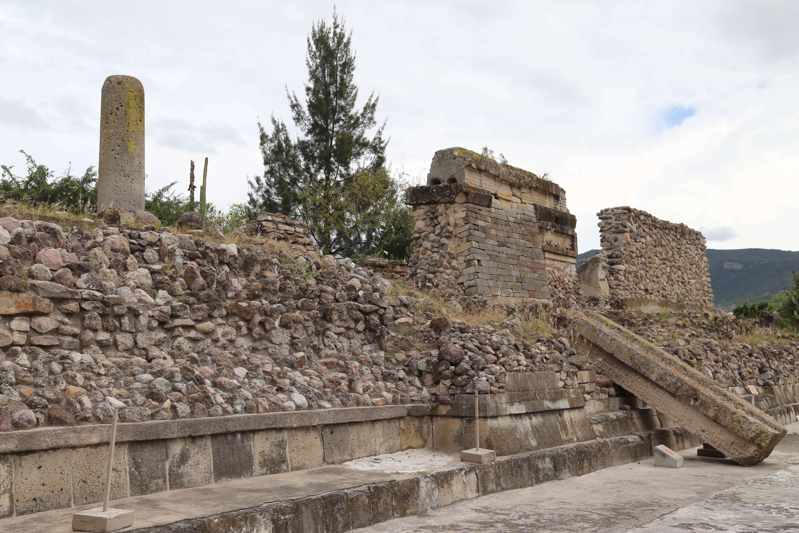 The construction of Mitla consisted of smooth stone walls on either side with fill in between. Many of the stones from Mitla were taken to build the Catholic church by the Spanish.
