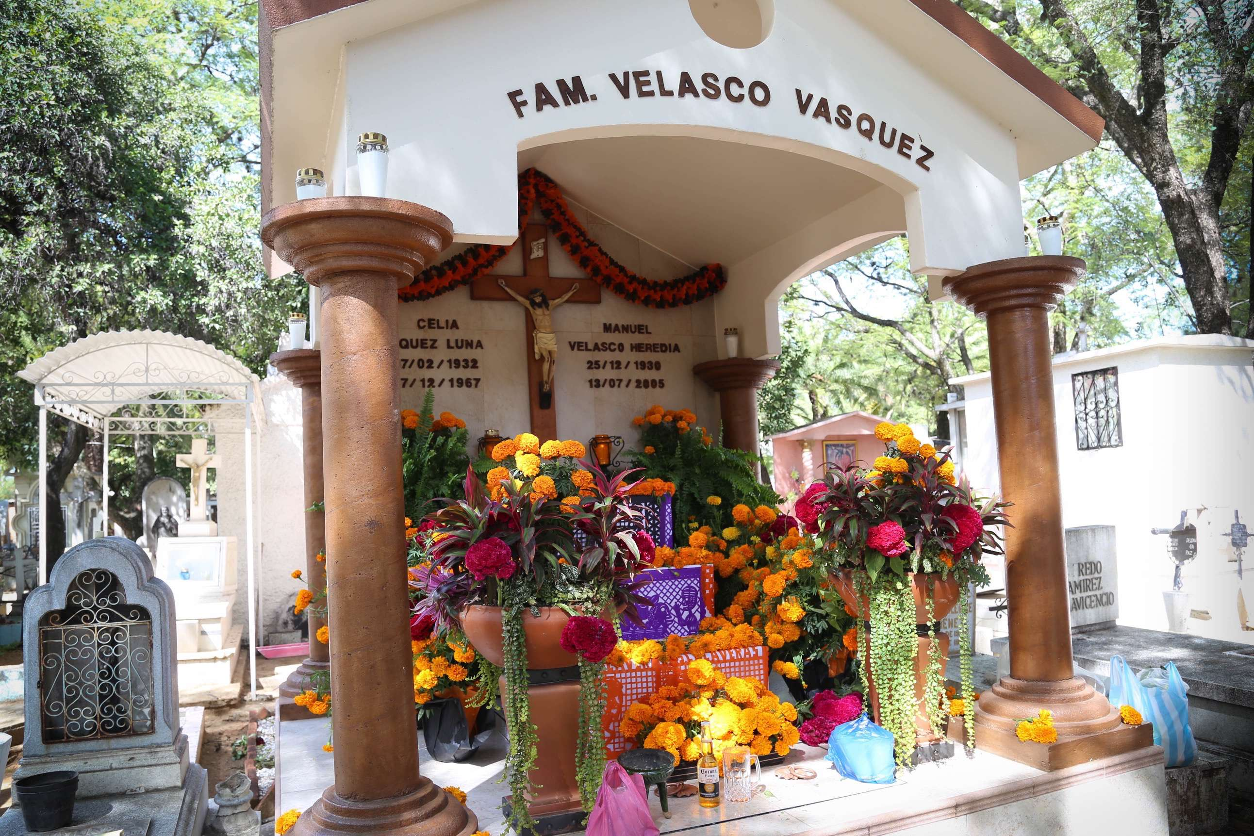 Family pride and success are evident at this memorial in Oaxaca city. The patriarch was a successful business man who loved his wife and children.