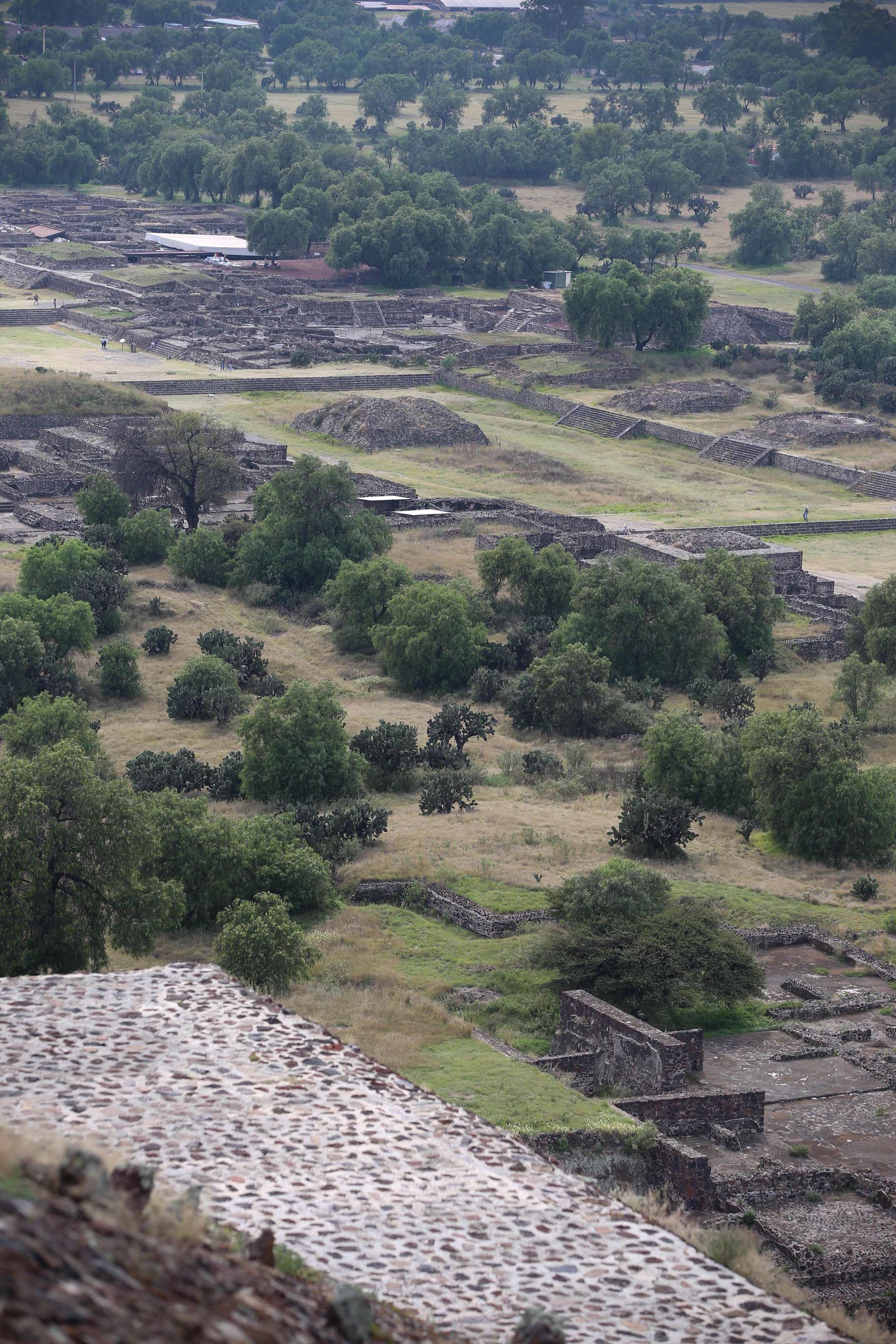 Since 'modern' archeologists began digging at Teotihuacan, more and more of the complex is being revealed, like this section south of the Pyramid of the Sun.